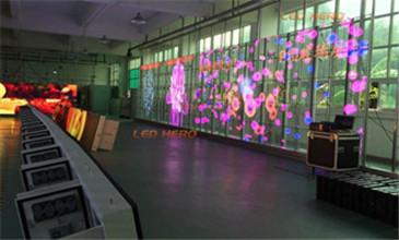LED透明屏TR系列应用在舞台需要注意的知识点